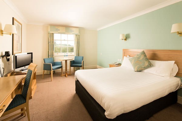 One Night Stay In The Red Room At Lime Tree Cottage