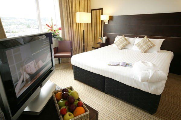Two Night Hotel Break At Mercure Hull Grange Park
