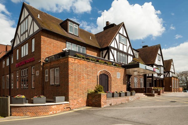 One Night Break With Dinner At Mercure Gloucester Bowden Hall Hotel