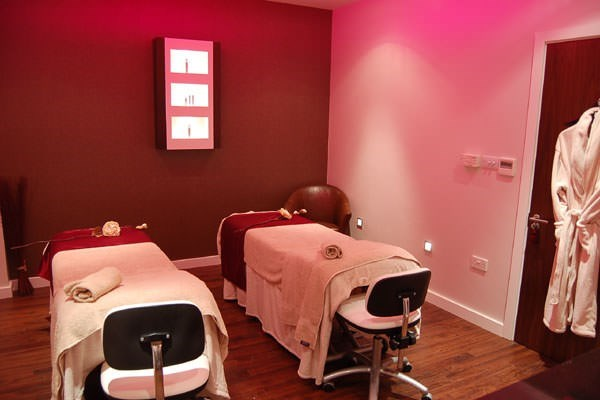 Buy Saturday Spa Break with 25 Minute Treatment and Dinner at Bannatyne Darlington