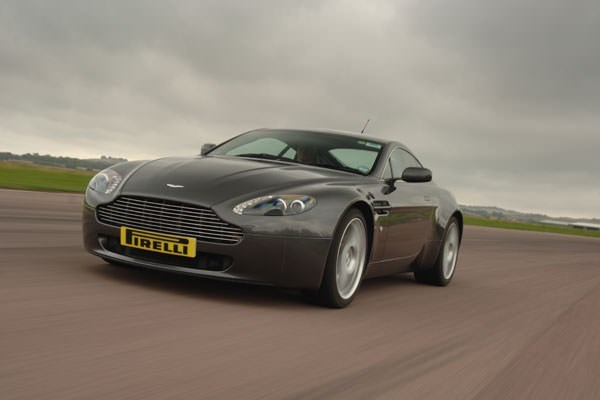 Aston Martin Vs Porsche Driving Experience At Thruxton