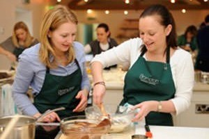 Half Day Cupcake Making Course At Brompton Cookery School
